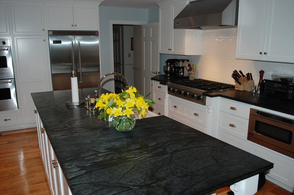 Soapstone-countertop-houston black