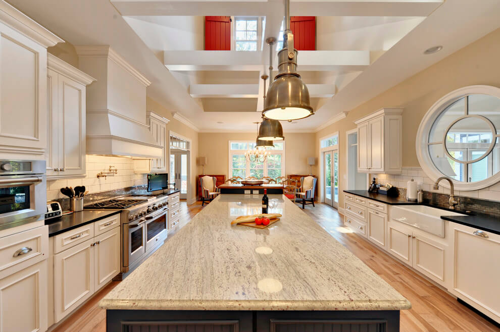 kitchen remodel with Stupefying-Granite-Edge-black-countertop