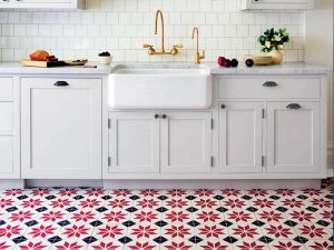 kitchen-limestone-tile-backsplash-kitchen-Houston-white-limestone