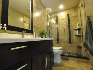 Decorating-Ideas-For-Luxury-Small-Bathroom renovation-min